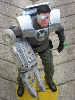 Mad Cyborg Costume & 7 Cool Robot Costumes You Can Make Yourself